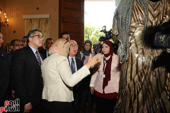 1 (18)وزراء الآثار والثقافة والسياحة يفتتحون متحف ركن فاروق بحلوان