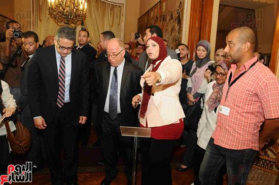 1 (20)وزراء الآثار والثقافة والسياحة يفتتحون متحف ركن فاروق بحلوان