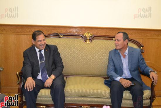 محافظ الغربية ومساعد الوزير لقطاع وسط الدلتا (7)
