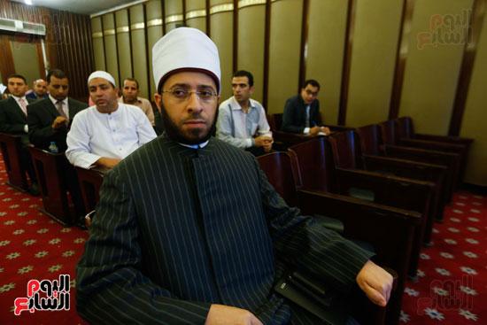 اللجنة الدينية (2)