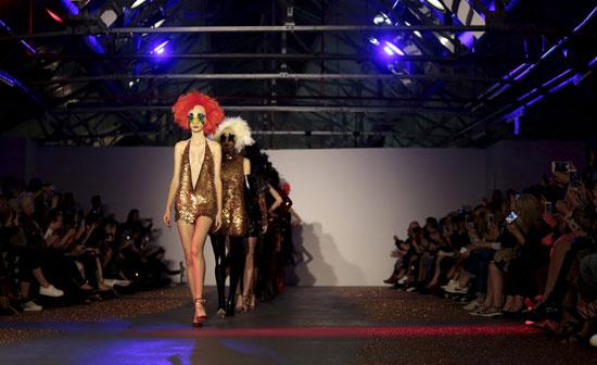 إطلالات جريئة فى أسبوع الموضة بلندن  -اليوم السابع -9 -2015