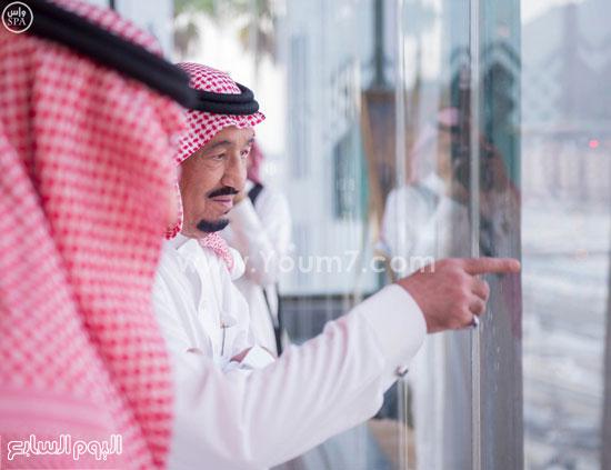 بالصور.. العاهل السعودى الملك سلمان يشرف على خدمات الحجاج 9201523204364546f1d543f-216b-42fe-b399-035ca8df97ad
