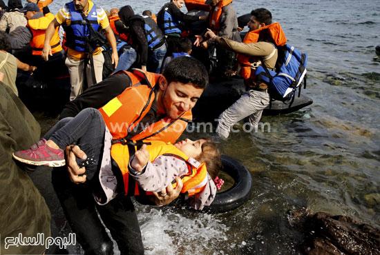 عمليات الإنقاذ. -اليوم السابع -9 -2015