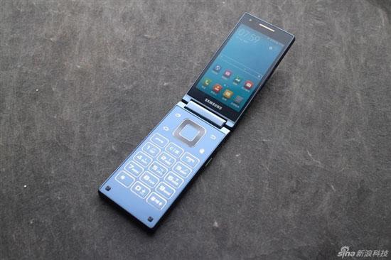 هاتف سامسونج sm-g9198 القابل للطى