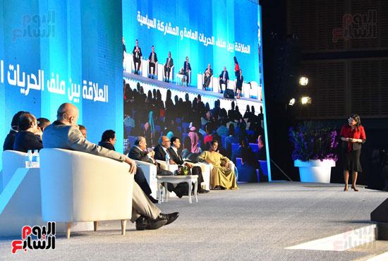 الرئيس السيسى فى مؤتمر الشباب بشرم الشيخ (6)