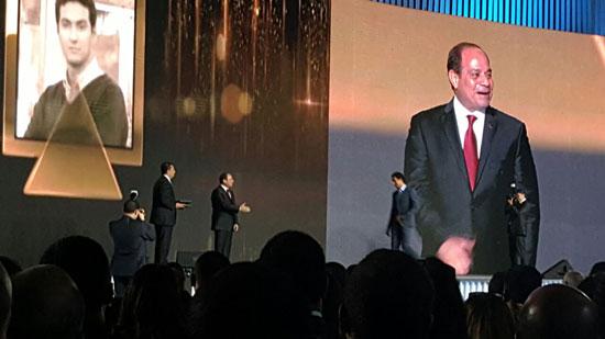 ننشر صور الفائزين بجوائز الإبداع فى ختام مؤتمر الشباب وتكريم الرئيس لهم (29)