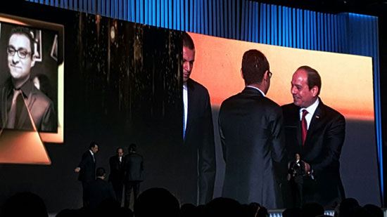ننشر صور الفائزين بجوائز الإبداع فى ختام مؤتمر الشباب وتكريم الرئيس لهم (19)