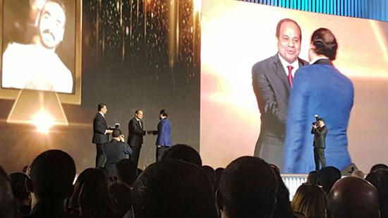 ننشر صور الفائزين بجوائز الإبداع فى ختام مؤتمر الشباب وتكريم الرئيس لهم (22)