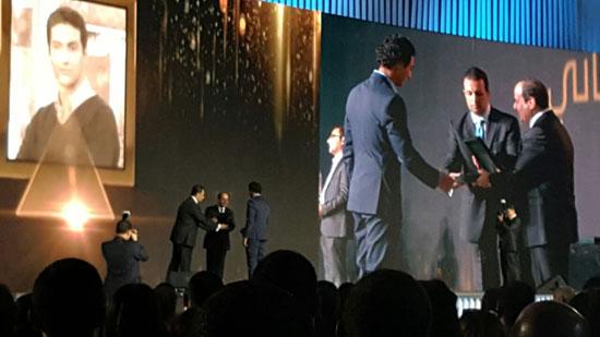 ننشر صور الفائزين بجوائز الإبداع فى ختام مؤتمر الشباب وتكريم الرئيس لهم (28)