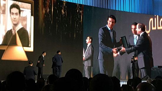 ننشر صور الفائزين بجوائز الإبداع فى ختام مؤتمر الشباب وتكريم الرئيس لهم (37)