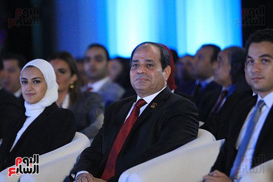 1الرئيس السيسى يشهد الجلسة الختامية لمؤتمر الشباب فى شرم الشيخ (9)