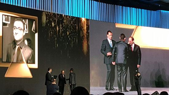 ننشر صور الفائزين بجوائز الإبداع فى ختام مؤتمر الشباب وتكريم الرئيس لهم (13)