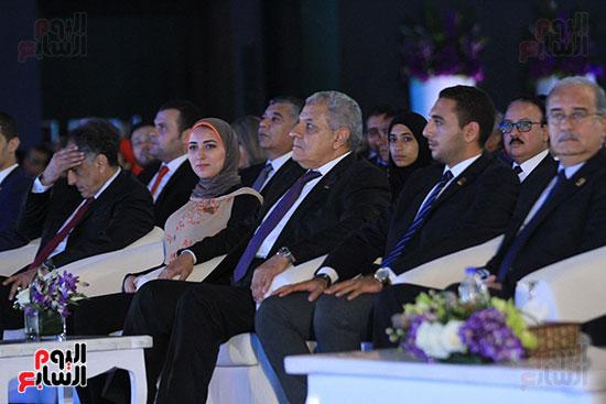 1الرئيس السيسى يشهد الجلسة الختامية لمؤتمر الشباب فى شرم الشيخ (18)