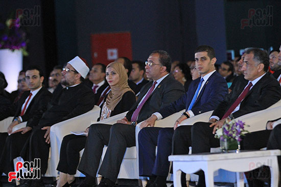 1الرئيس السيسى يشهد الجلسة الختامية لمؤتمر الشباب فى شرم الشيخ (19)