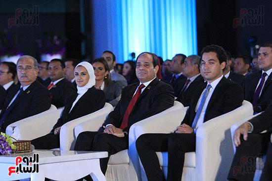 1الرئيس السيسى يشهد الجلسة الختامية لمؤتمر الشباب فى شرم الشيخ (2)