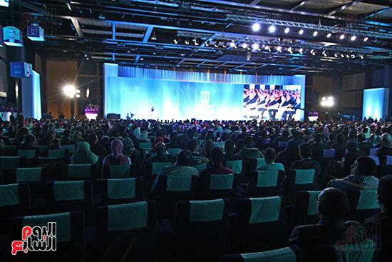 1الرئيس السيسى يشهد الجلسة الختامية لمؤتمر الشباب فى شرم الشيخ (13)
