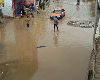 غرق الشوارع نتيجة السيول