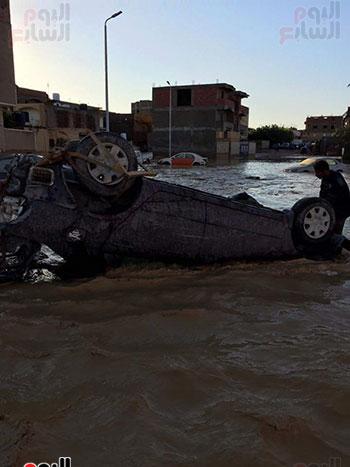 غارب تغرق في مياه السيول