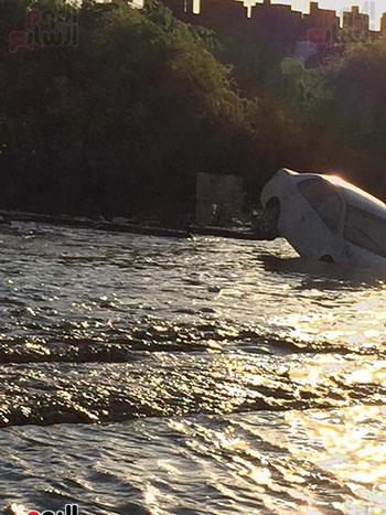 خسائر فادحة في سيول غارب