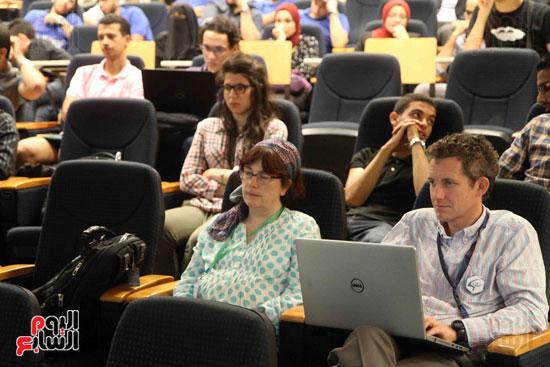 1 (6)المؤتمر الدولى لتكنولوجيا الروبوتات المتخصصة فى كشف الألغام والمتفجرات الأرضية