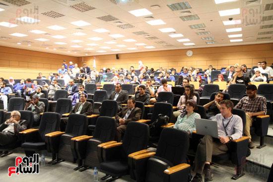 1 (5)المؤتمر الدولى لتكنولوجيا الروبوتات المتخصصة فى كشف الألغام والمتفجرات الأرضية