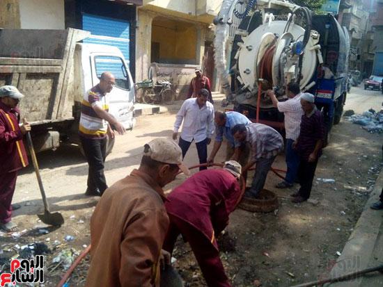 حملات نظافة مكثفة لرفع القمامة