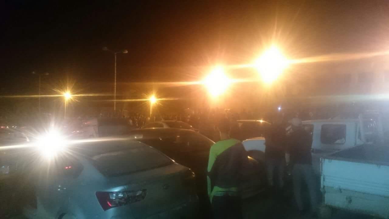 مظاهرات أهالى رأس غارب بسبب أضرار السيول