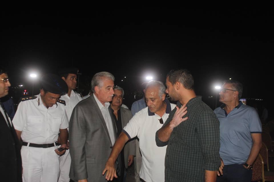 اللواء خالد فودة اثناء تفقد ميدان السلام