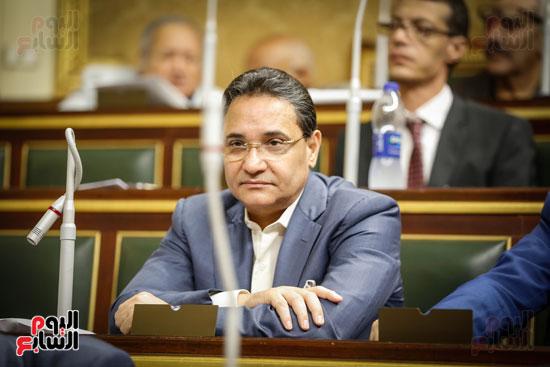 النائب عبد الرحيم علي بالجلسة العامة