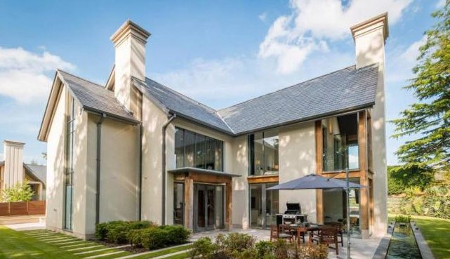 قصر تبلغ قيمة إيجاره 12500 ألف إسترلينى