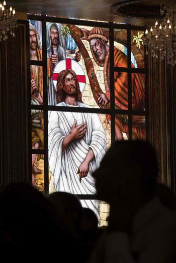 صلاة القداس على أرواح الطائرة المنكوبة بكنيسة شرم الشيخ (24)