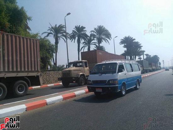 سيارات القوات المسلحة لحظة وصولها سوهاج