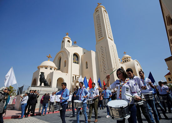 صلاة القداس على أرواح الطائرة المنكوبة بكنيسة شرم الشيخ (6)