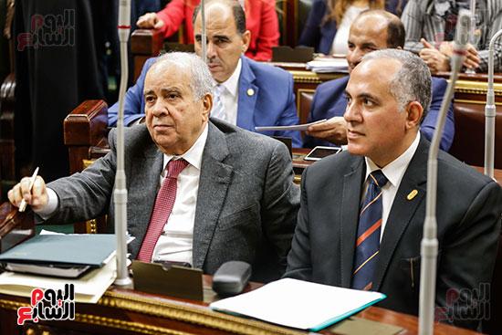 الوزراء بالجلسة العامة