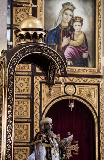 صلاة القداس على أرواح الطائرة المنكوبة بكنيسة شرم الشيخ (19)