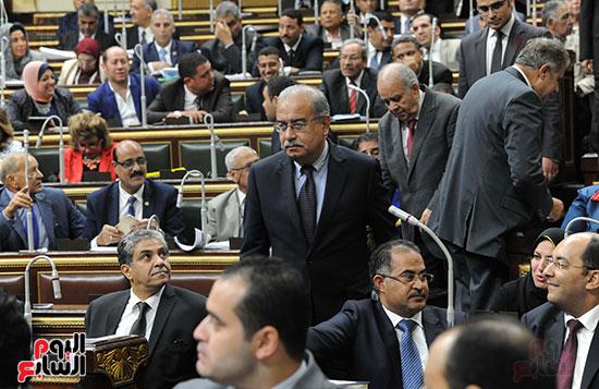 البرلمان المصرى يواجه الحكومة بسبب غلاء الأسعار