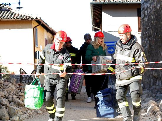 أكثر من 15 ألف مشرد بسبب الزلزال المدمر فى إيطاليا