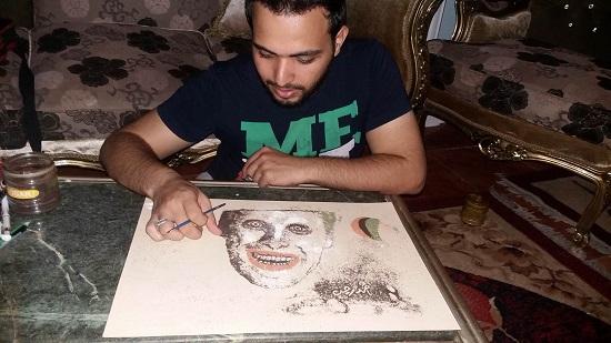 أحمد يرسم لوحة الجوكر