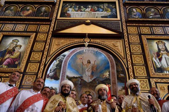 صلاة القداس على أرواح الطائرة المنكوبة بكنيسة شرم الشيخ (21)