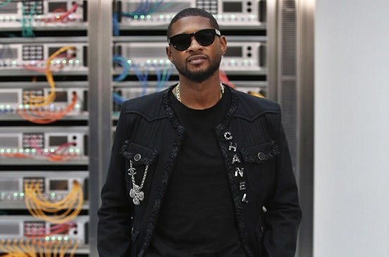 57961-Usher-Chanel-Show-paris-fashion-we