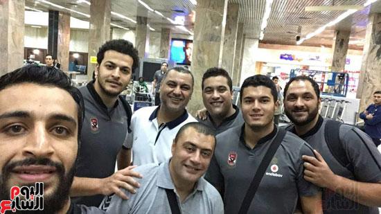 وصول-بعثة-فريق-يد-الأهلي-للقاهرة-بعد-الفوز-بالبطولة-الأفريقية-(7)