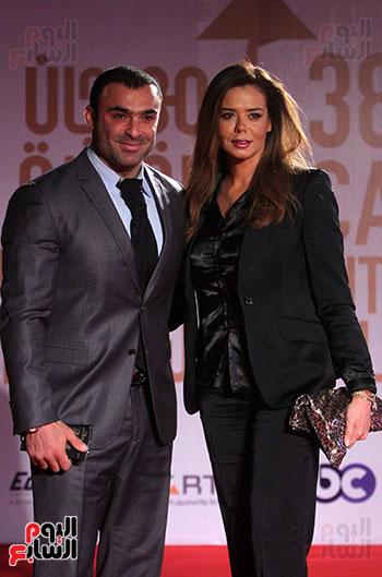 الفنانة إيمى وزوجها