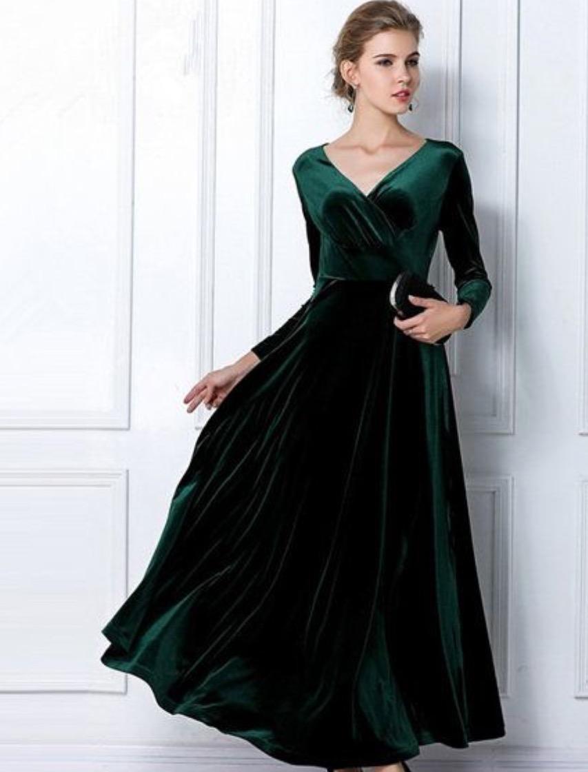 فستان قطيفة منفوش