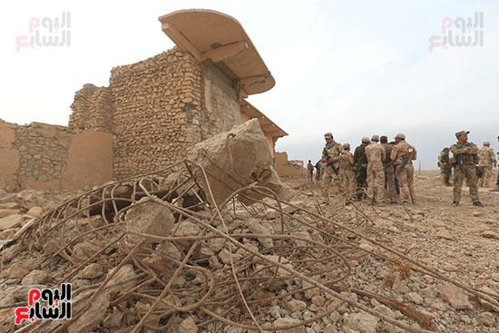 القوات العراقية تحتل المدينة بعد هروب داعش