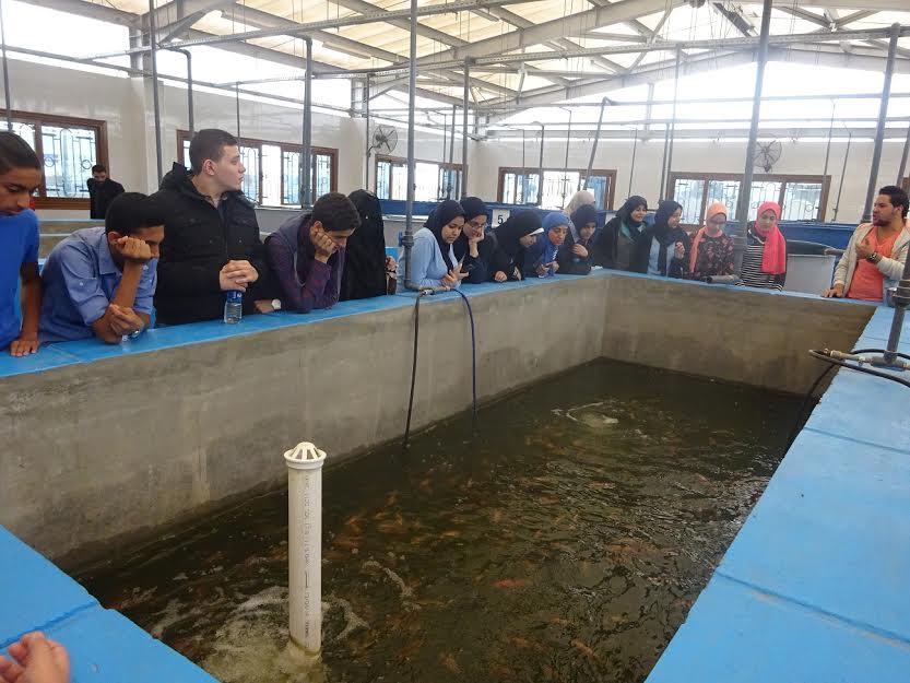 2-             الطلاب في كلية القرة السمكية