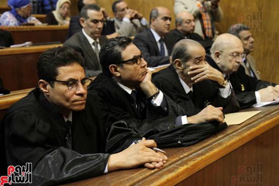 الأستاذ طاهر الخولى المحامى وهيئة الدفاع عن المتهمين