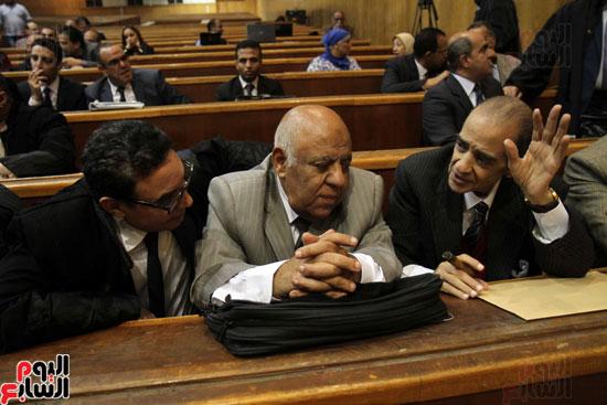 فريد الديب المحامى والدكتور محمود كوبيش