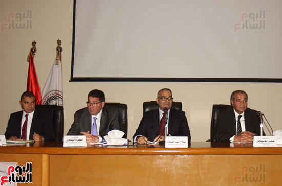 مؤتمر هيئة الاستعلامات (1)