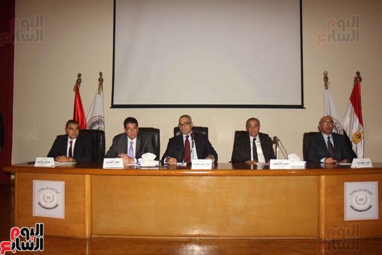 مؤتمر هيئة الاستعلامات (3)