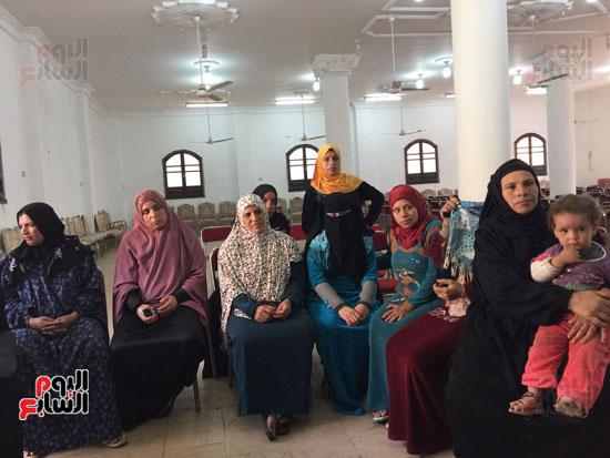 أعضاء القومى للمرة مع الأستاذة نهى عبد المنعم عضو القومى للمرأة
